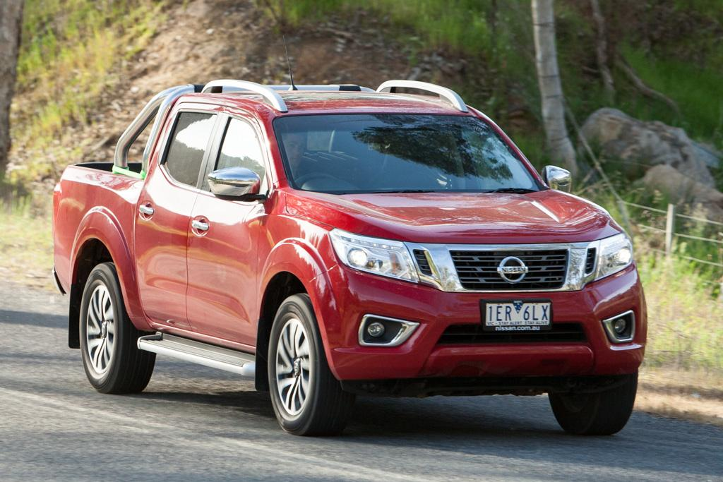 nissan navara 2015 review. Black Bedroom Furniture Sets. Home Design Ideas