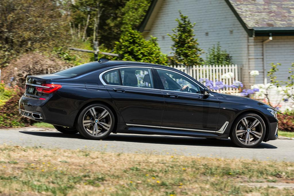 bmw 7 series 2016 review. Black Bedroom Furniture Sets. Home Design Ideas