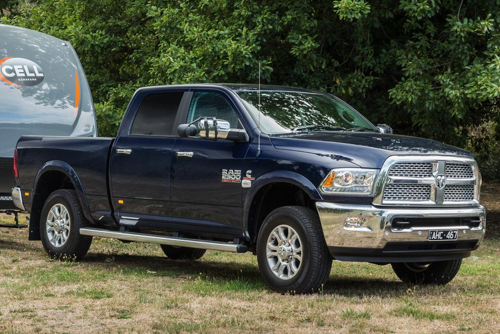 Progressive Dodge >> RAM 2500 v Ford F-250 2016 Comparison - motoring.com.au