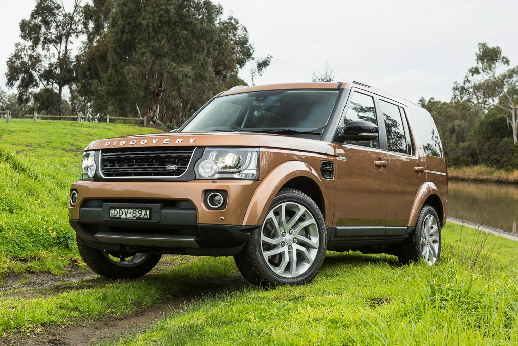 land rover discovery landmark 2016 review. Black Bedroom Furniture Sets. Home Design Ideas