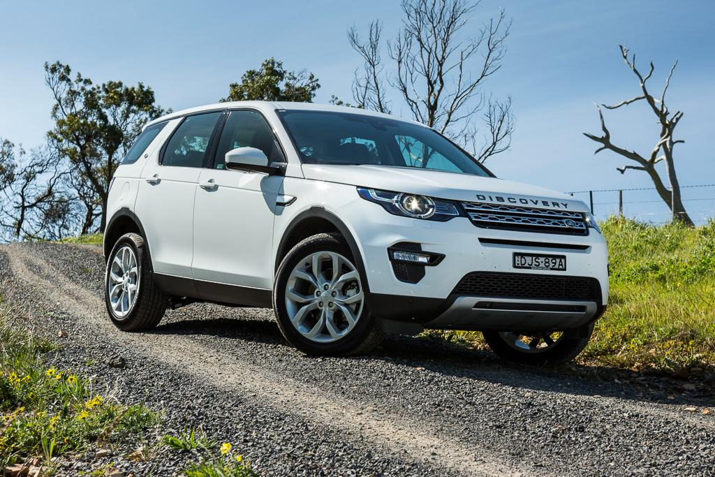 land rover discovery sport 2016 review. Black Bedroom Furniture Sets. Home Design Ideas