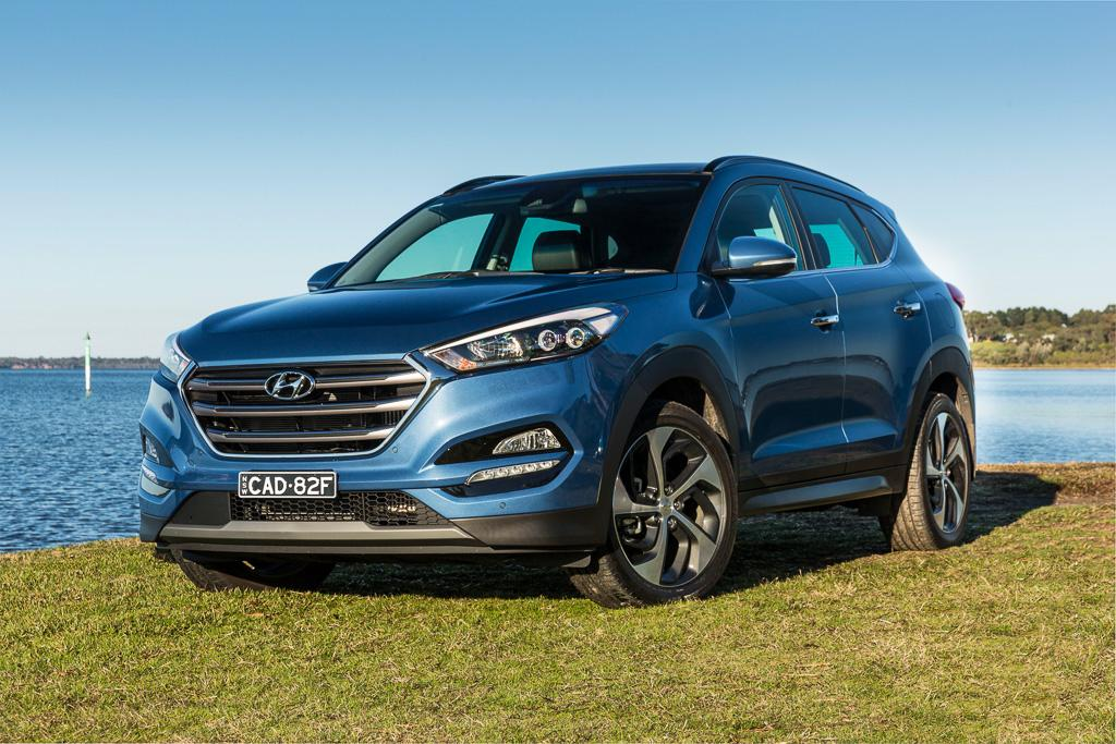 medium suv comparison 2017 hyundai tucson review. Black Bedroom Furniture Sets. Home Design Ideas