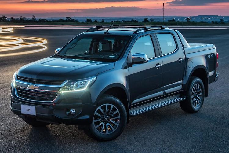 Awesome GM Reveals 2017 Holden Colorado  Motoringcomau