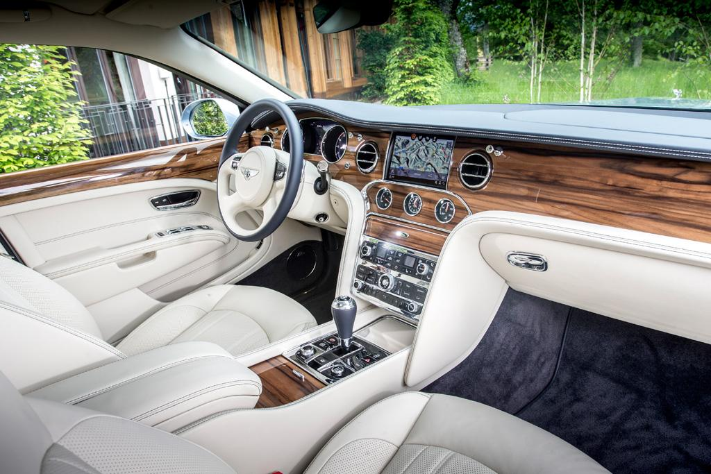 bentley mulsanne 2016 review. Black Bedroom Furniture Sets. Home Design Ideas