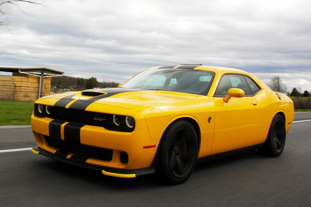 Dodge Challenger Hellcat 2017 Review - motoring.com.au