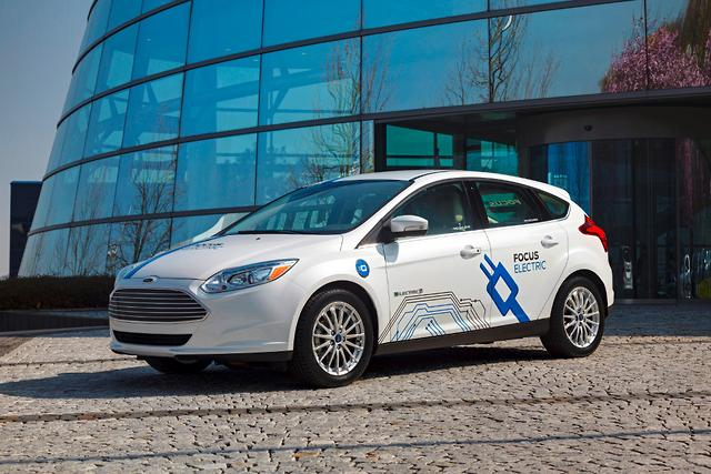 ford focus electric range boosted to 185km. Black Bedroom Furniture Sets. Home Design Ideas