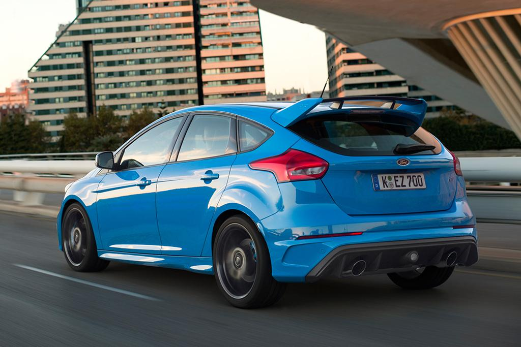 ford focus rs sold out until mid 2017. Black Bedroom Furniture Sets. Home Design Ideas