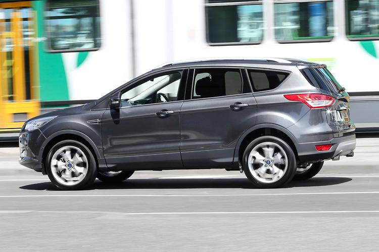 ford kuga 2016 review. Black Bedroom Furniture Sets. Home Design Ideas