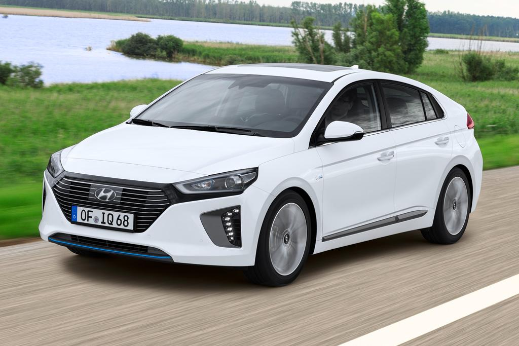 hyundai ioniq hybrid 2016 review. Black Bedroom Furniture Sets. Home Design Ideas