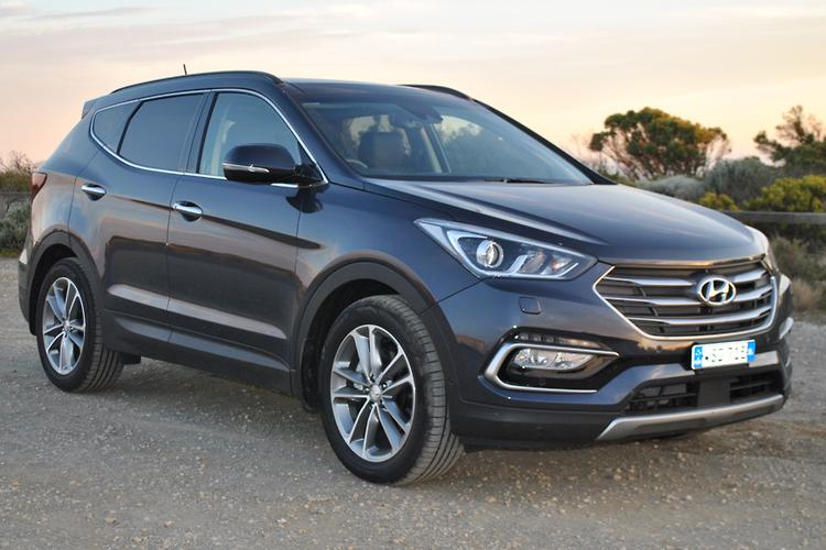 hyundai santa fe 2016 review. Black Bedroom Furniture Sets. Home Design Ideas