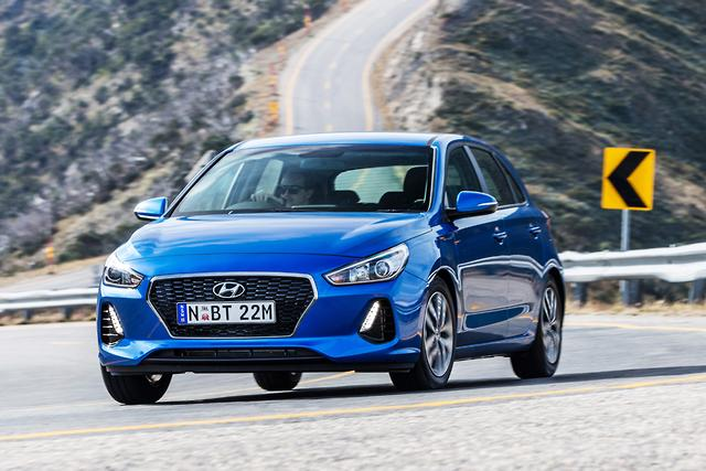 Hyundai i30 2017 Review - motoring com au