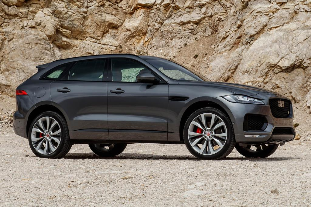f pace won 39 t harm evoque says jag. Black Bedroom Furniture Sets. Home Design Ideas