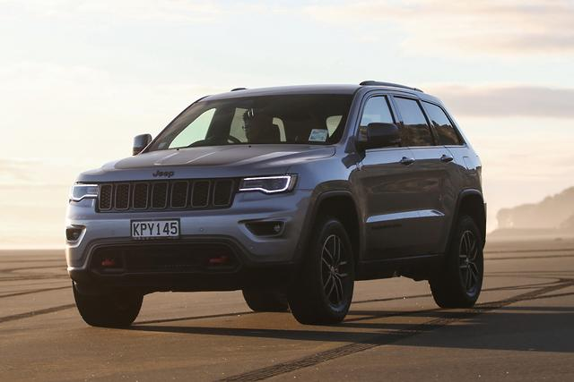 Jeep Grand Cherokee 2017 Review - motoring.com.au