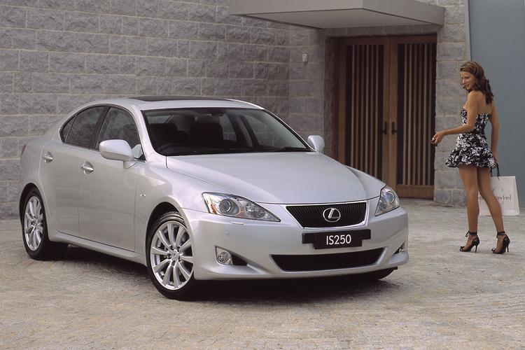 buying used lexus is250 2005 12. Black Bedroom Furniture Sets. Home Design Ideas