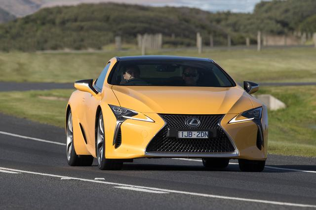 lexus lc 500 and lc 500h 2017 review. Black Bedroom Furniture Sets. Home Design Ideas