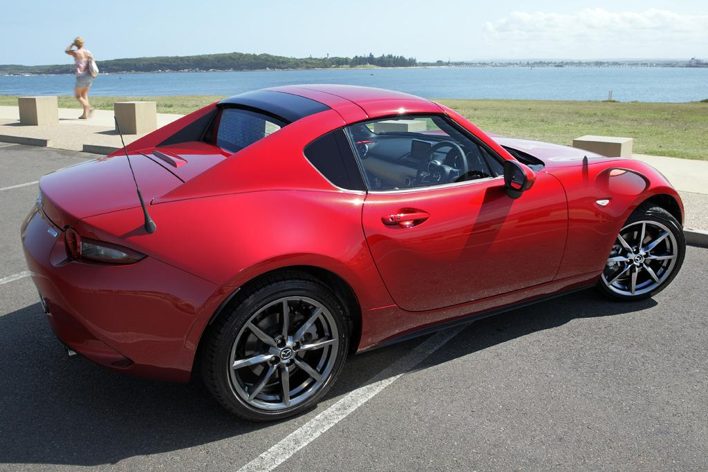 2017 Mazda Miata Price >> Mazda MX-5 RF 2017 Review - motoring.com.au