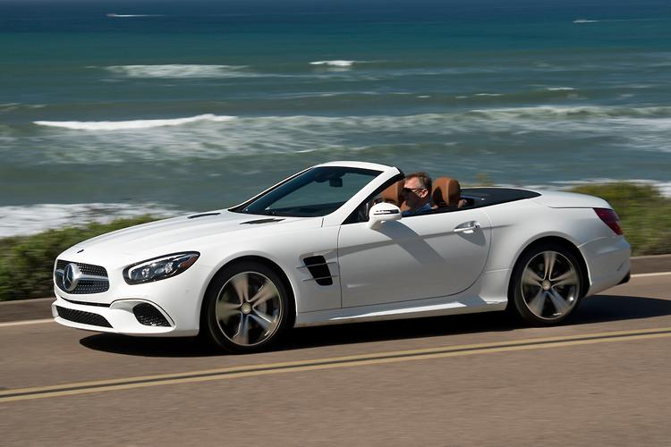 2016 Mercedes-Benz SL facelift leaked | MotoringBox