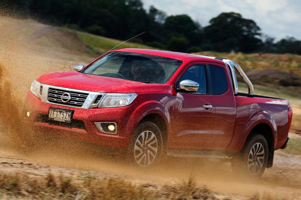 nissan navara 2016 review. Black Bedroom Furniture Sets. Home Design Ideas