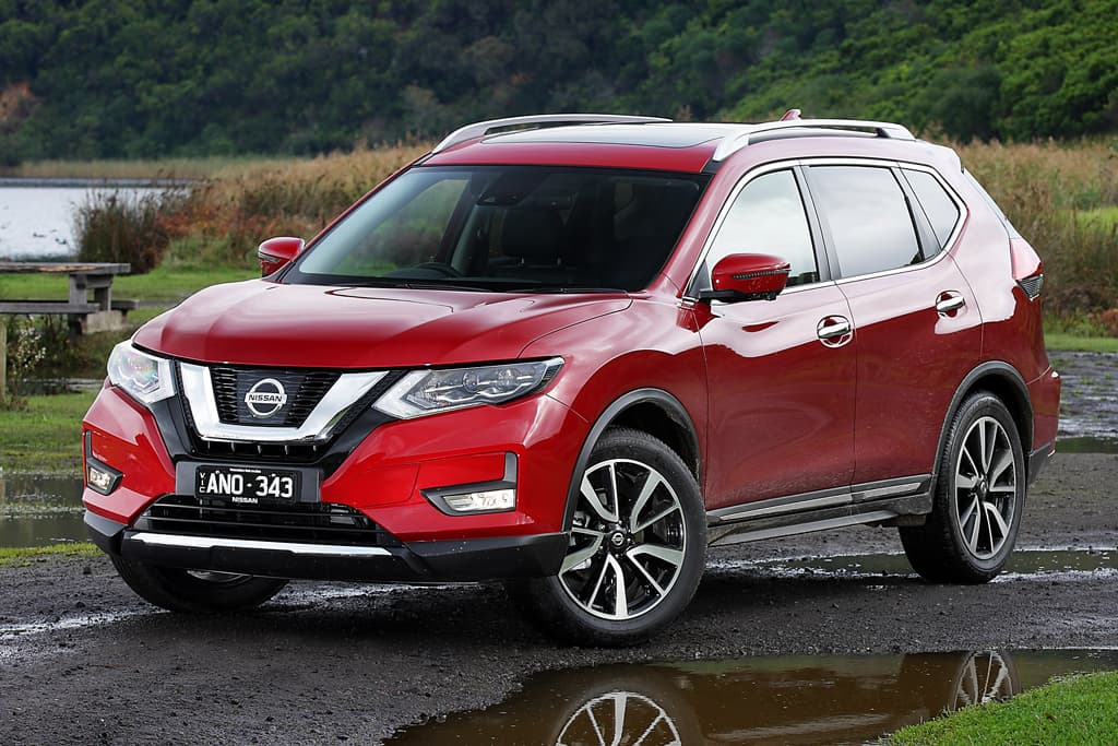 nissan x trail 2017 review. Black Bedroom Furniture Sets. Home Design Ideas