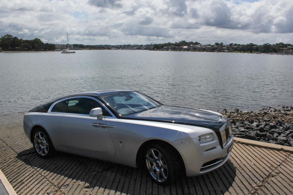 rolls-royce wraith 2016 review - motoring.au