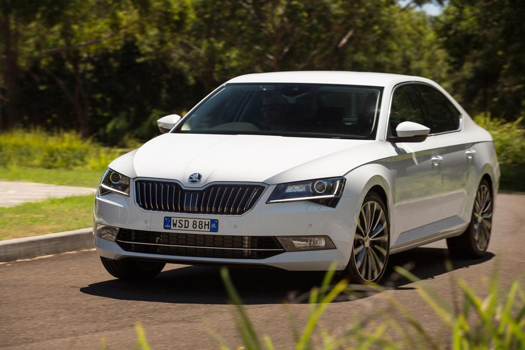 skoda superb 2016 review. Black Bedroom Furniture Sets. Home Design Ideas