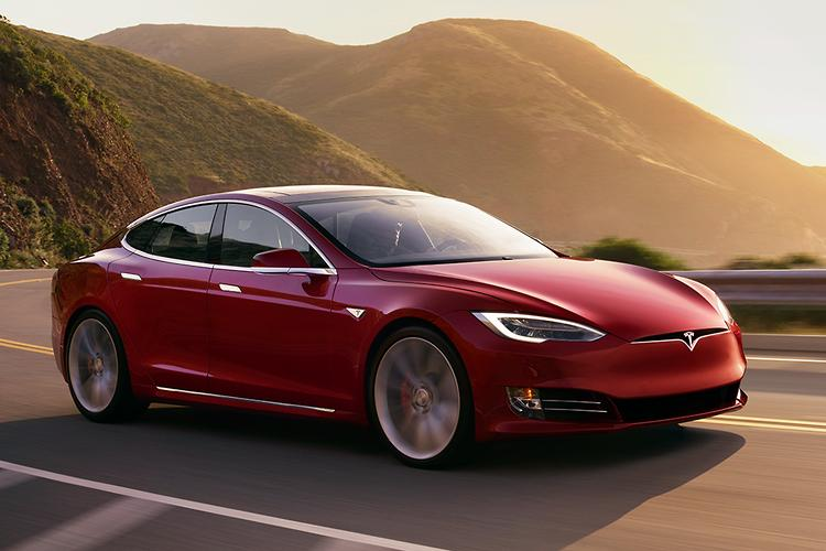 Tesla cans entry-level Model S