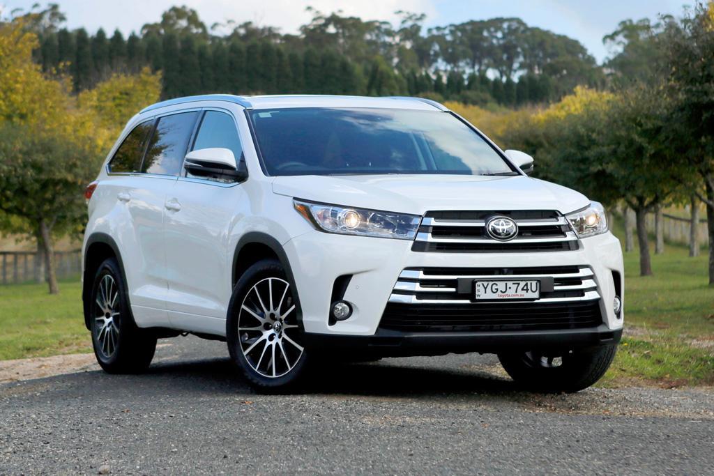 Toyota Kluger 2017 Review - motoring.com.au