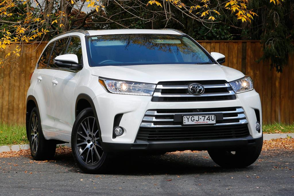 2018 toyota kluger grande. modren toyota yes the kluger is decidedly more expensive than its immediate rivals u2013  hyundai sante fe kia sorento mazda cx9 and nissan pathfinder nevertheless  for 2018 toyota kluger grande