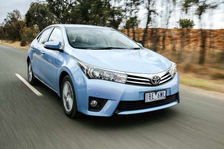 toyota corolla 2015 review. Black Bedroom Furniture Sets. Home Design Ideas