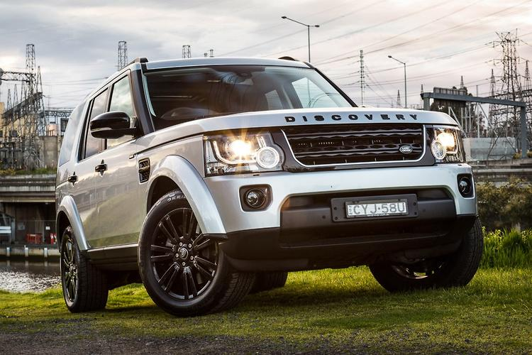 Land Rover Discovery Sdv6 Se Black Pack 2015 Review