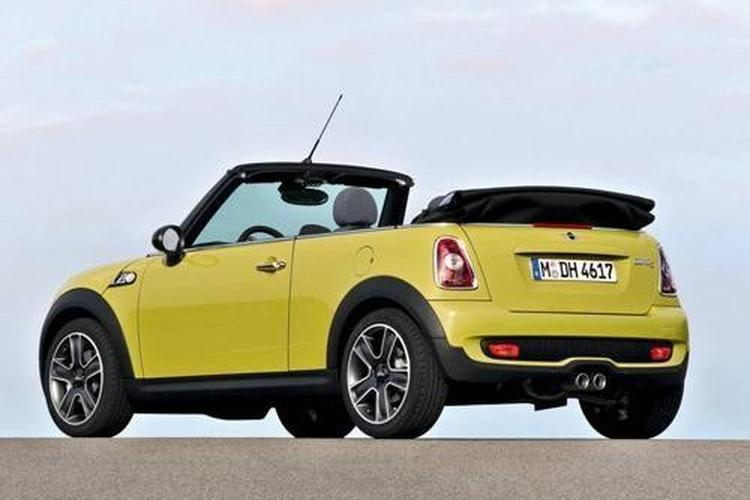 mini cooper s chilli cabrio. Black Bedroom Furniture Sets. Home Design Ideas
