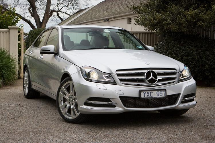 Mid Sized Prestige Comparison Mercedes Benz C 250