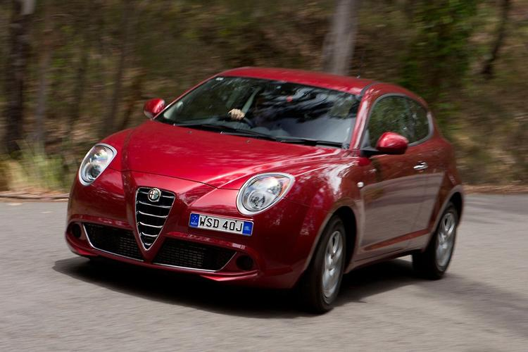 alfa romeo mito 2014 review. Black Bedroom Furniture Sets. Home Design Ideas