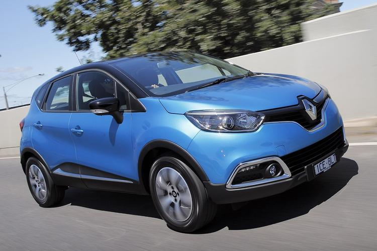 renault captur 2015 review. Black Bedroom Furniture Sets. Home Design Ideas