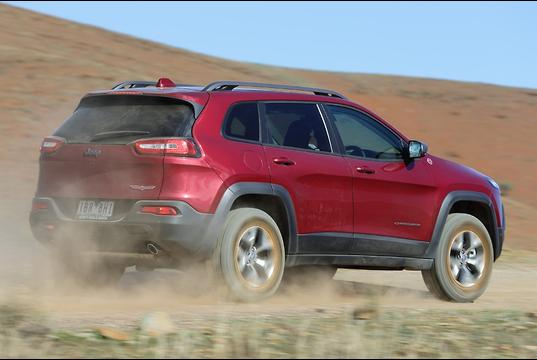 jeep cherokee trailhawk 2014 review. Black Bedroom Furniture Sets. Home Design Ideas