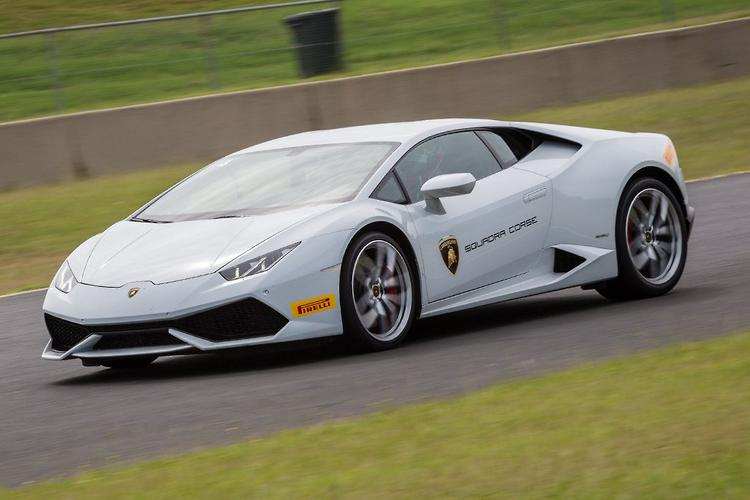 lamborghini huracan 2015 review. Black Bedroom Furniture Sets. Home Design Ideas