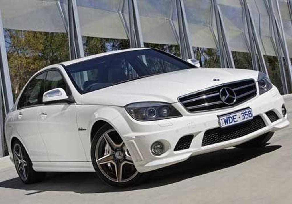 Mercedes benz w204 c63 amg for How much is a mercedes benz c63 amg