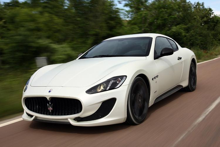 maserati granturismo sport 2012 launch review. Black Bedroom Furniture Sets. Home Design Ideas