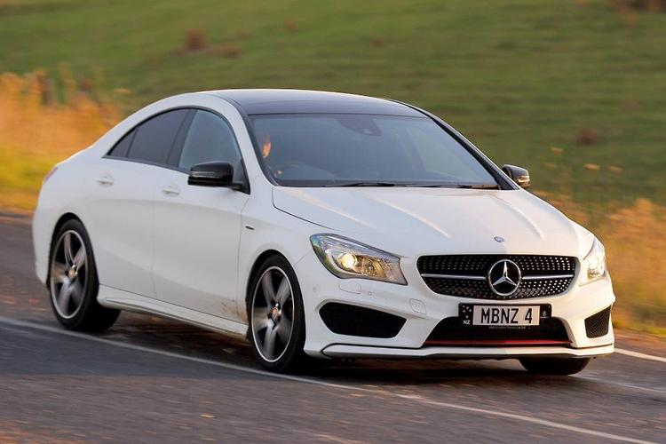 Mercedes benz cla 250 sport 4matic 2014 review motoring for Mercedes benz cla 250 review