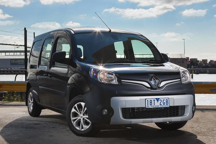renault kangoo maxi crew 2014 review. Black Bedroom Furniture Sets. Home Design Ideas