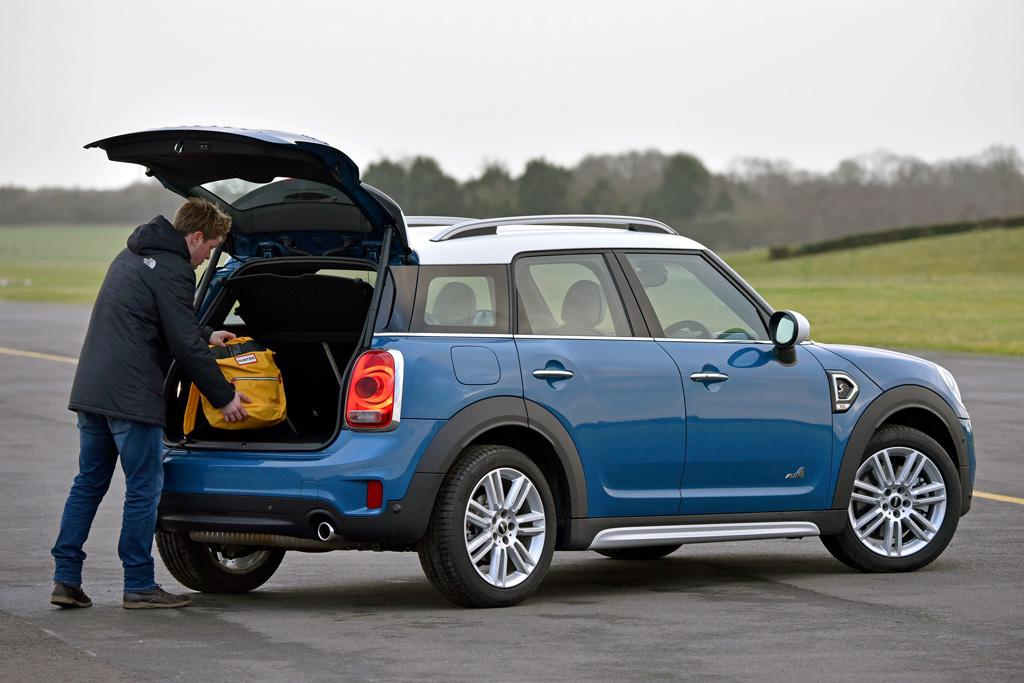 2014 mini cooper review ratings specs prices and holidays oo. Black Bedroom Furniture Sets. Home Design Ideas