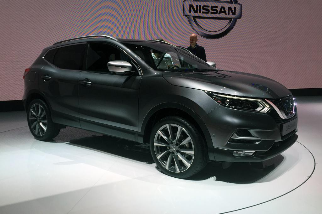 geneva motor show 2017 nissan qashqai breaks cover. Black Bedroom Furniture Sets. Home Design Ideas