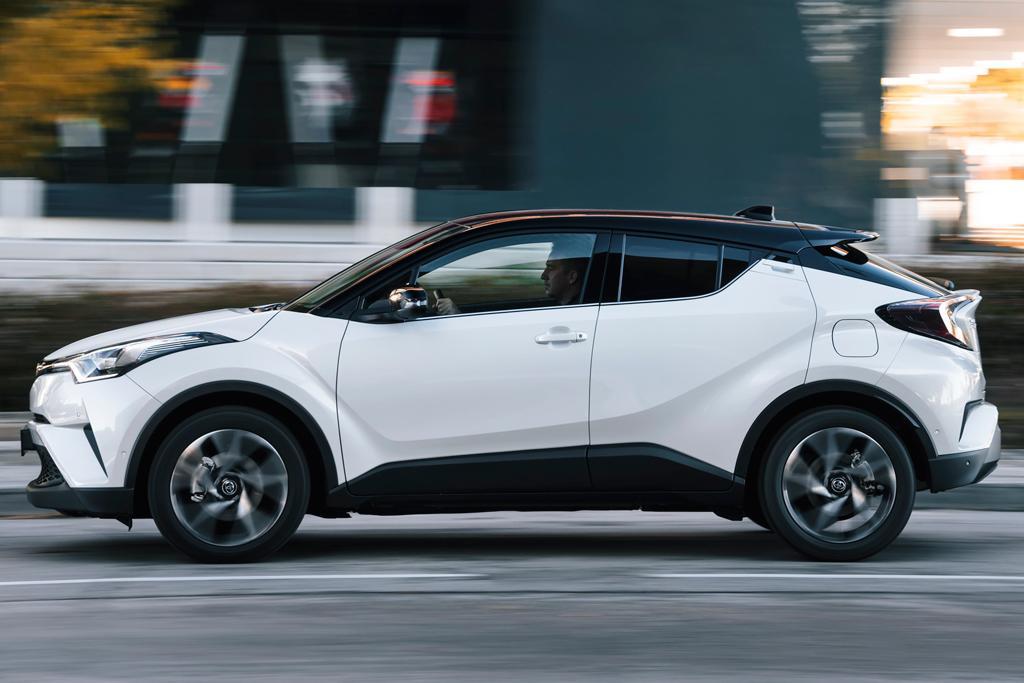 Toyota C-HR 2017 Review - motoring.com.au